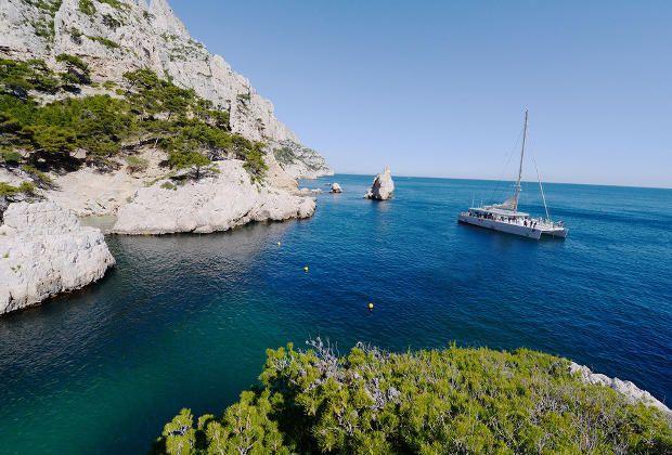 Croisière en catamaran et déjeuner dans les Calanques